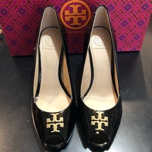 Tory Burch Black Jade 85MM Open toe Wedge